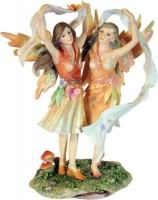 figurine de fées mysticalls dancing around